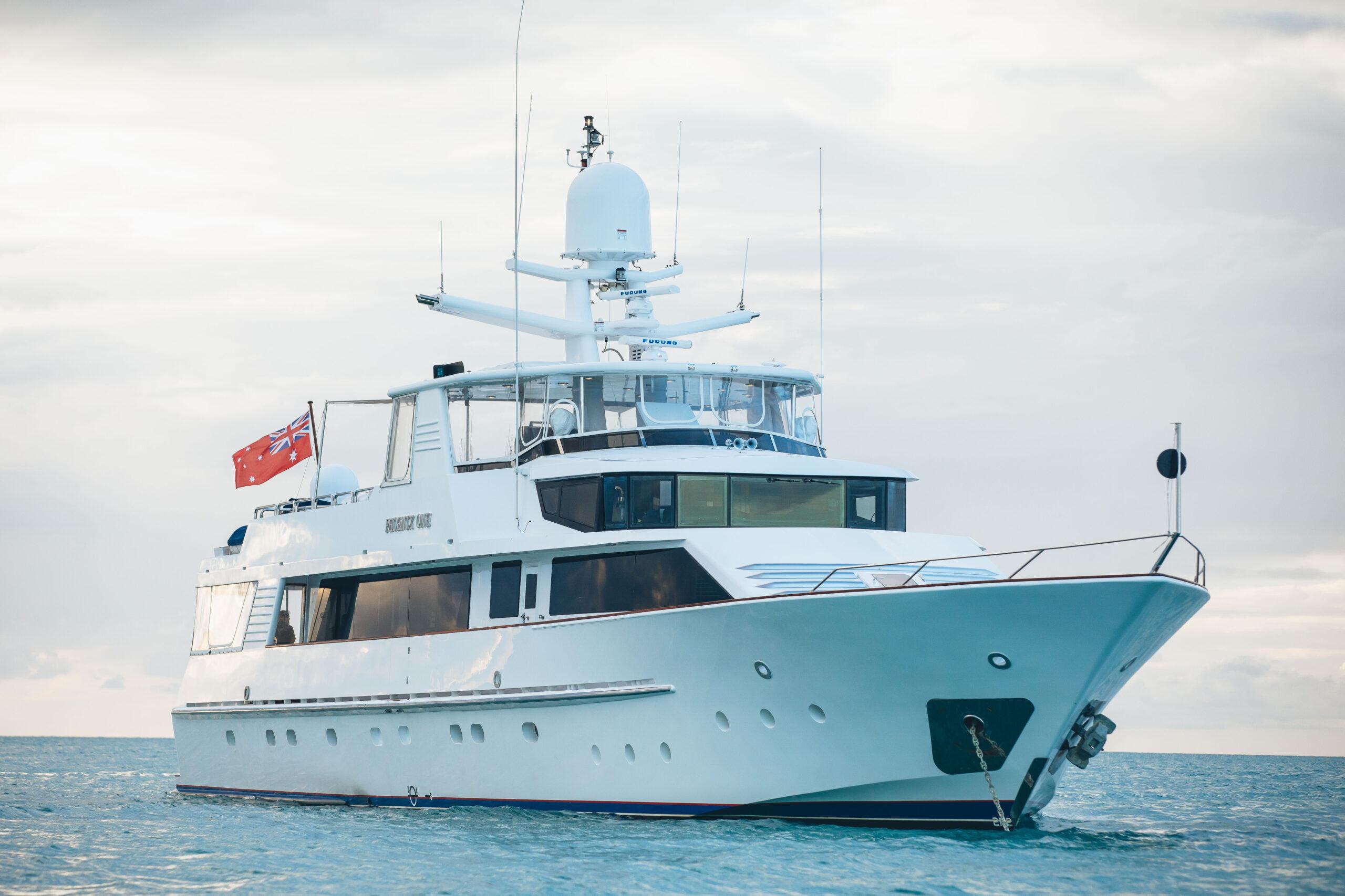Whitsunday Island Superyacht Voyage – 6 Nights-  Superyacht – Phoenix One