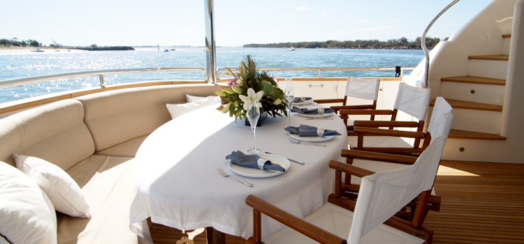 The Best Waterfront Restaurants in Queensland… are not on land – YOTSPACE superyacht voyages
