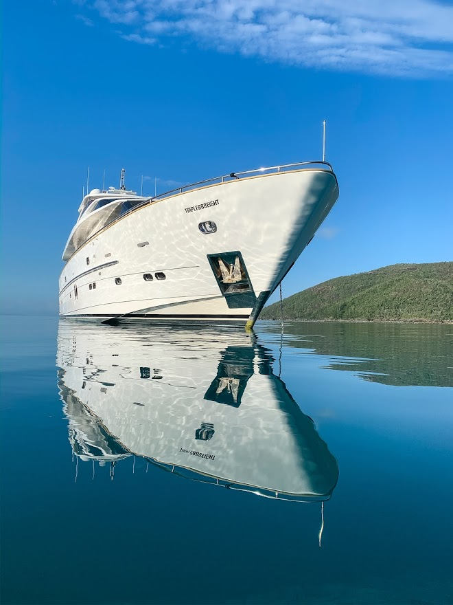YOTSPACE superyacht voyages - Triple888EIGHT superyacht - Whitsundays